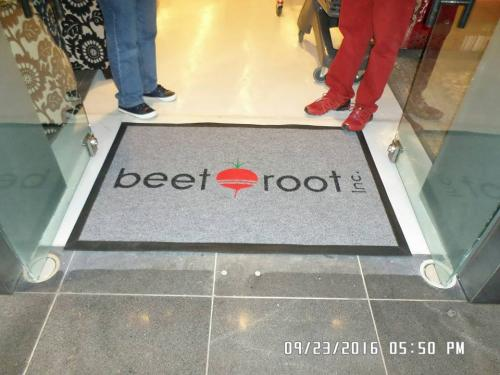 beet root entrance mat with logo