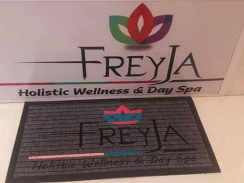 freya branded mat it nade grom a grey boardwalk mat