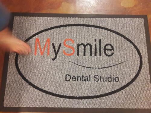 dental studio logo mat