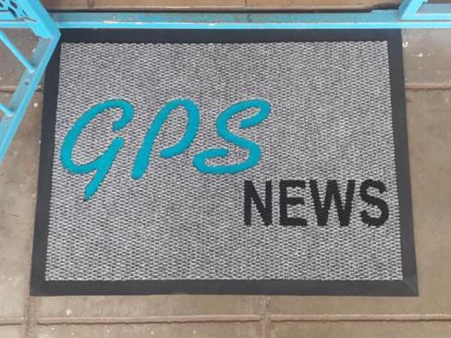 gps news logo mat