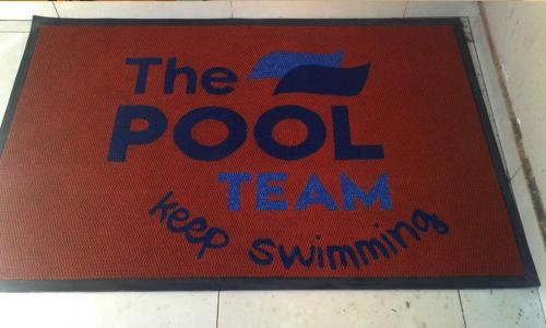 pool team  logo mat / entrance mat