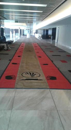 wedding promotional runner mat with atraditional theme
